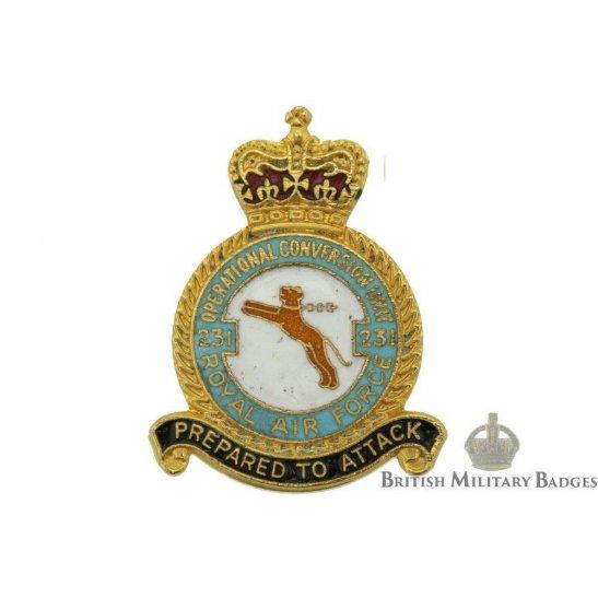 231 Operational Conversion Unit Royal Air Force Lapel Badge RAF