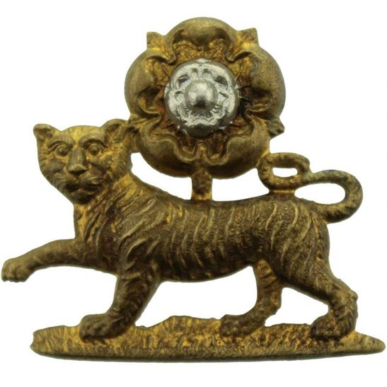 York and Lancaster York and Lancaster Regiment Y&L Collar Badge