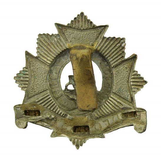 additional image for WW1 Bedfordshire Regiment Cap Badge - PARTIALLY CLIPPED SLIDER