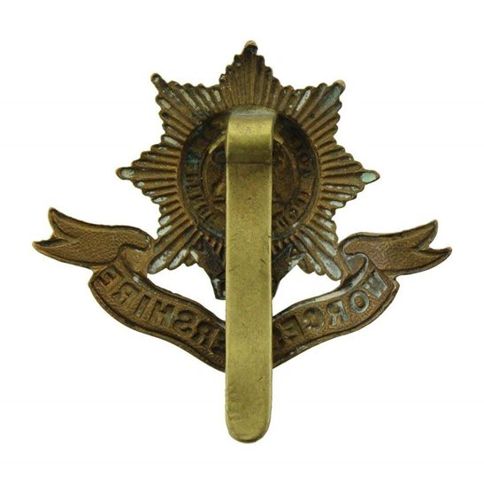 additional image for WW1 Worcestershire Regiment Cap Badge FIRST PATTERN