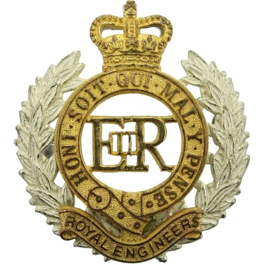 Royal Engineers Royal Engineers Corps OFFICERS Gilt Cap Badge - Queens Crown