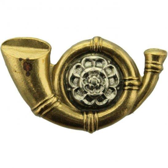 Kings Own Yorkshire Light Infantry KOYLI WW1 Kings Own Yorkshire Light Infantry KOYLI (King's) Cap Badge - LUGS VERSION