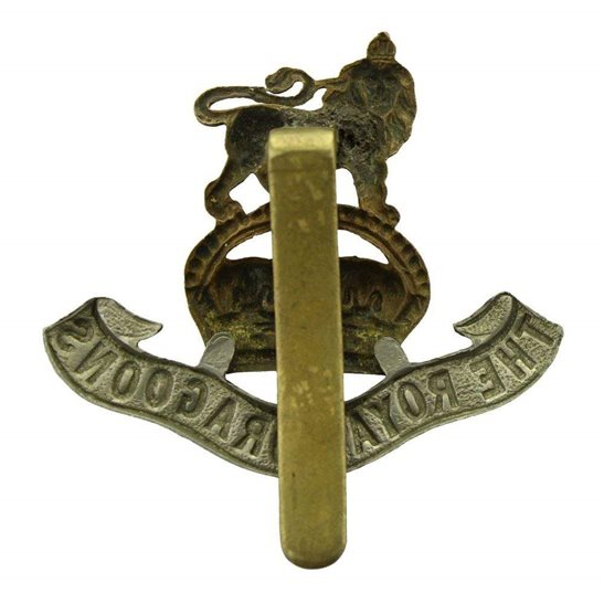 additional image for WW1 1st The Royal Dragoons Regiment Cap Badge