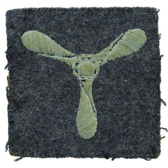 Royal Air Force RAF WW2 Royal Air Force RAF Senior Aircraftman SAC Cloth Insignia Rank Badge