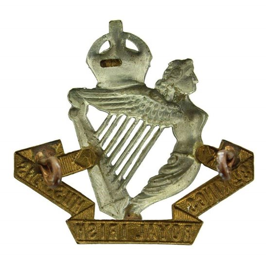 additional image for WW1 8th Kings Royal Irish Hussars Regiment (King's) Cap Badge - LUGS VERSION