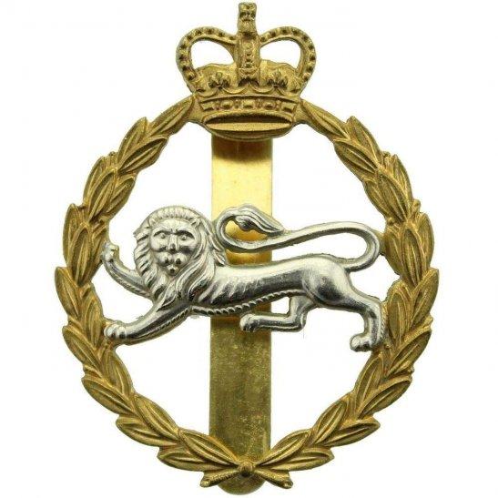 Kings Own Royal Border Regiment (King's) Cap Badge - Queens Crown