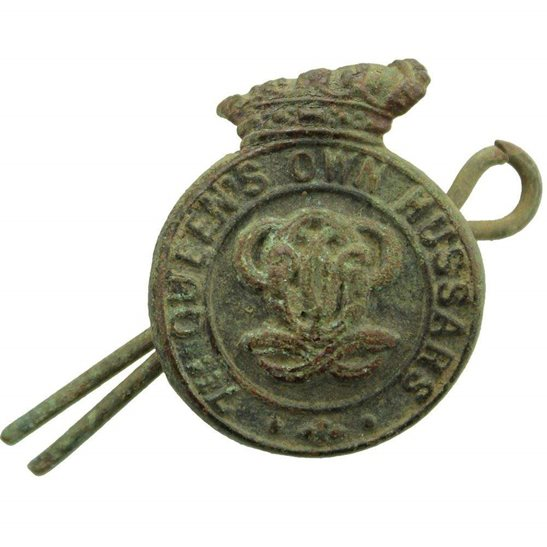 7th Hussars UK Dug Detecting Find - WW1 7th Queens Own Hussars Regiment Relic Collar Badge