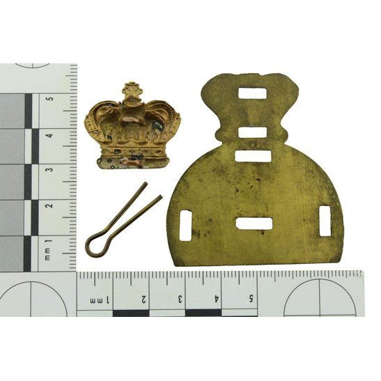 additional image for VICTORIAN Generic Queen Victoria Crown Glengarry Backing Plate Cap Badge Centre