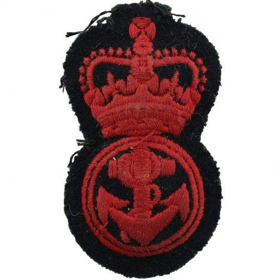 Royal Navy British Royal Navy Able Seamans Cloth Cap Badge - Queens Crown