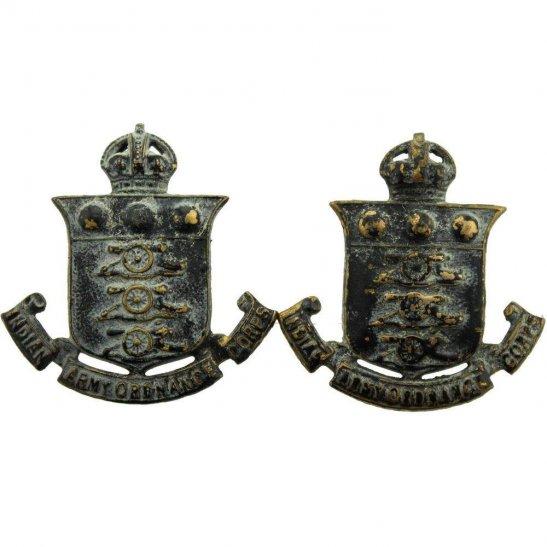 British Indian Army WW2 Indian Army Ordnance Corps IAOC India Collar Badge PAIR