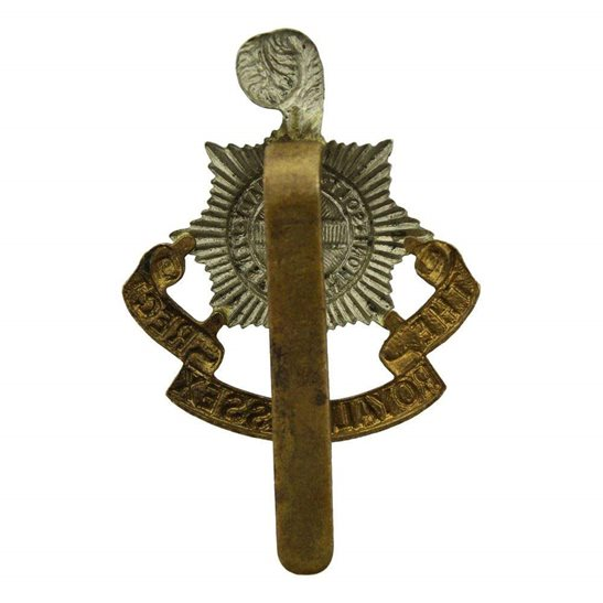 additional image for WW1 Royal Sussex Regiment Cap Badge