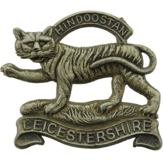 Leicestershire Regiment WW2 Leicestershire Regiment PLASTIC Economy Issue Cap Badge