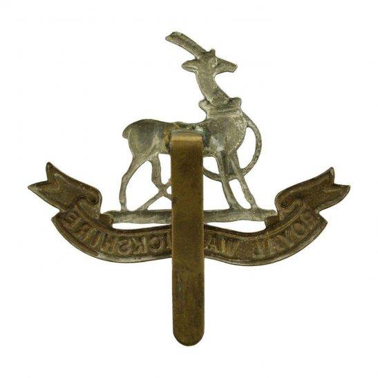 additional image for WW1 Royal Warwickshire Regiment Cap Badge