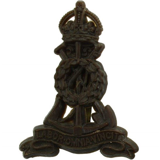 Pioneer Corps WW2 Royal Pioneer Corps Labour PLASTIC Economy Issue Cap Badge