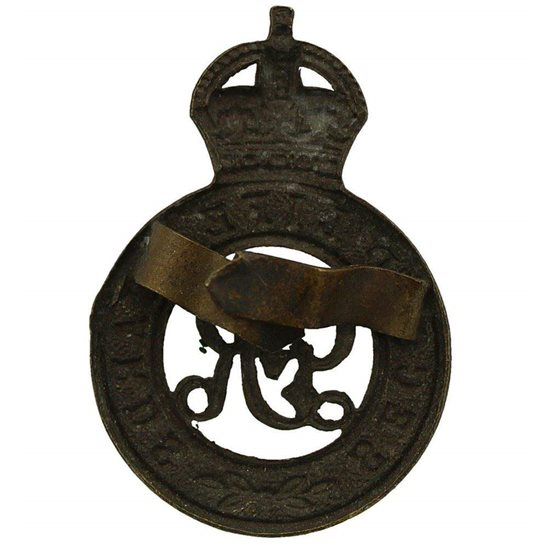 additional image for WW1 The Second Life Guards Regiment (2nd) OFFICERS Bronze George V Cap Badge