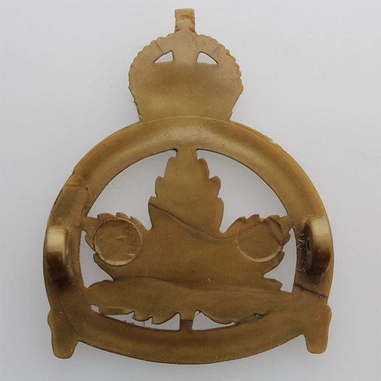additional image for WW2 Royal Canadian Army Cadets Canada Corps PLASTIC Bakelite Cap Badge