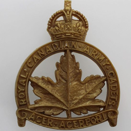 WW2 Canadian Army WW2 Royal Canadian Army Cadets Canada Corps PLASTIC Bakelite Cap Badge