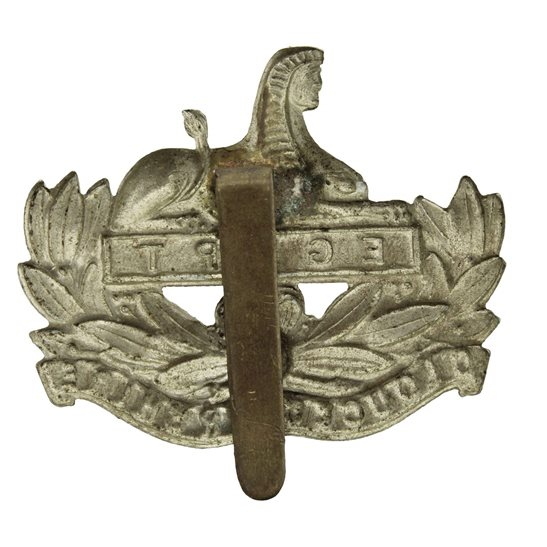 additional image for WW2 Gloucestershire Regiment Cap Badge