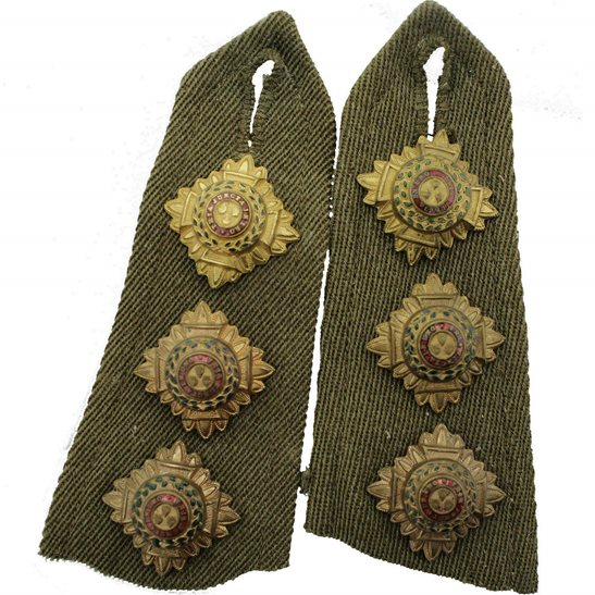 British Army Officers Insignia Pips - Rank of Captain Epaulettes Set PAIR