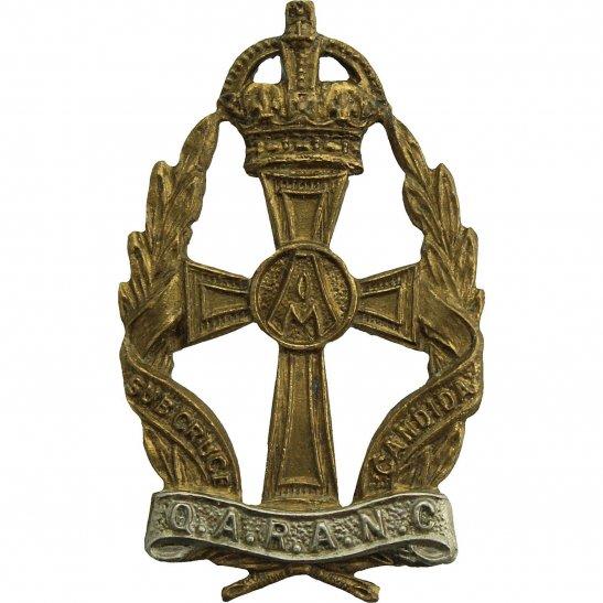 Queen Alexandras Nurses Queen Alexandras Royal Army Nursing Corps QARANC Alexandra's GILT Cap Badge