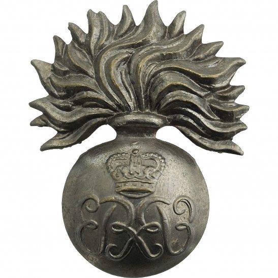 Grenadier Guards Grenadier Guards Regiment WARRANT OFFICERS Cap Badge - Queens Crown