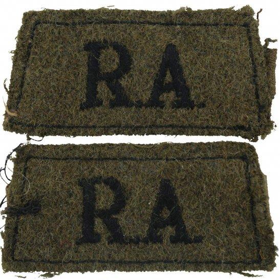 Royal Artillery WW2 Royal Artillery Regiment Cloth SLIP-ON Shoulder Title Badge Flash PAIR