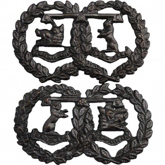 Argyll and Sutherland Highlanders Argyll and Sutherland Highlanders Regiment OFFICERS Bronze Collar Badge PAIR