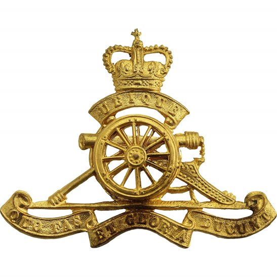 Royal Artillery Queens Crown Royal Artillery Regiment MOVING WHEEL Cap Badge