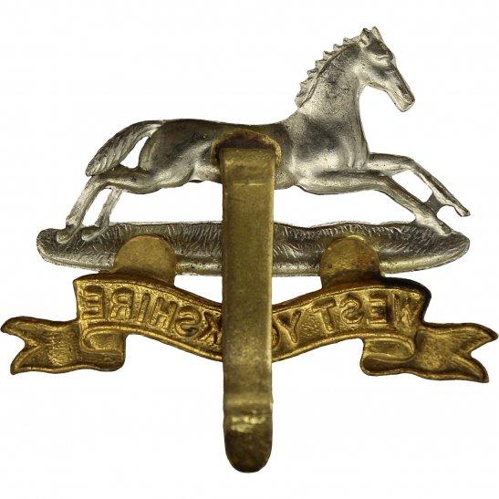 additional image for WW2 West Yorkshire Regiment Cap Badge