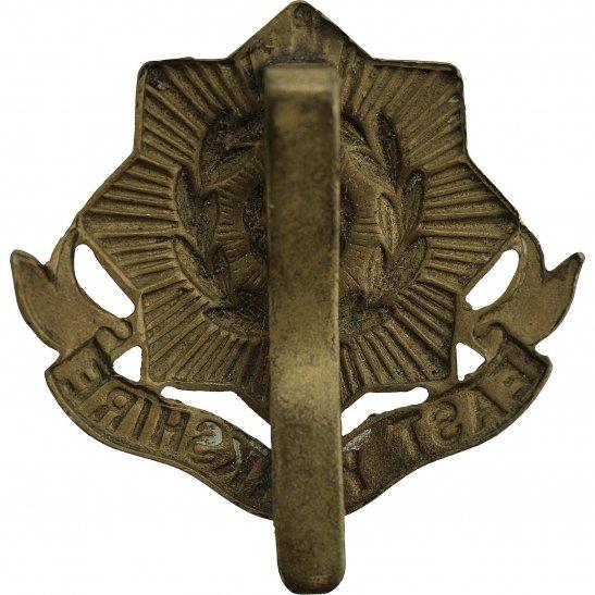 additional image for WW1 East Yorkshire Regiment Cap Badge
