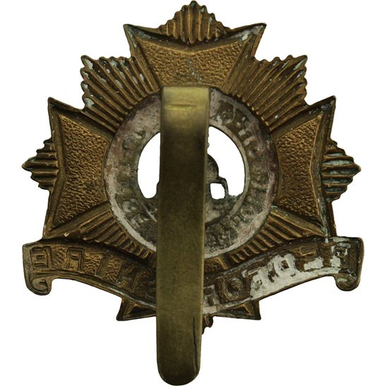 additional image for WW1 Bedfordshire Regiment 1916 Economy Issue ALL BRASS Cap Badge