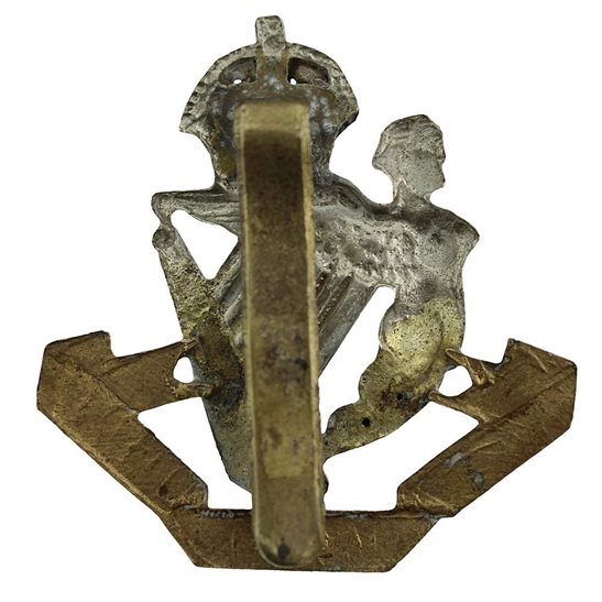 additional image for WW1 8th Kings Royal Irish Hussars Regiment (King's) Cap Badge