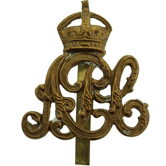 Army Pay Corps APC WW1 Army Pay Corps APC Cap Badge - LAMBOURNE & CO Makers Mark