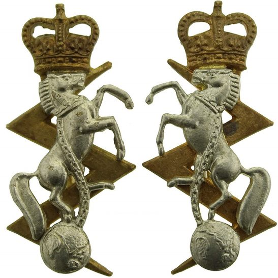 Royal Electrical & Mechanical Engineers REME Royal Electrical & Mechanical Engineers REME Collar Badge PAIR - Queens Crown