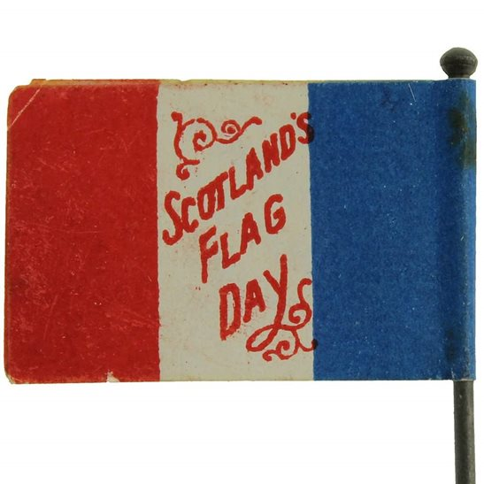 WW1 Scottish & French War Effort Flag Day Fundraising Pin Badge