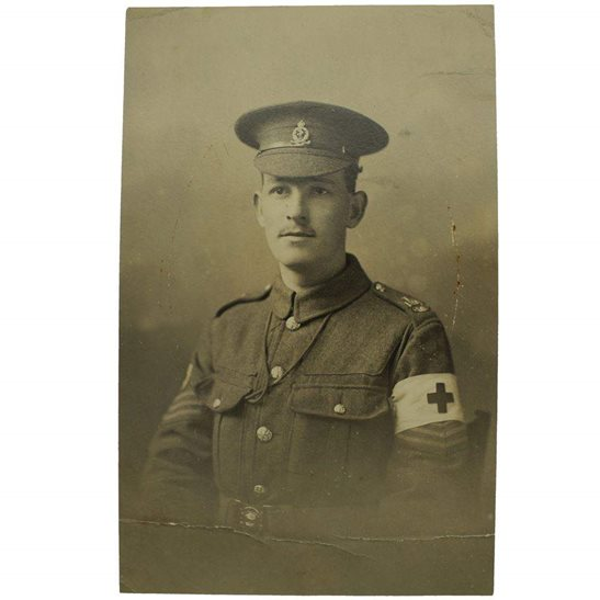Royal Army Medical Corps RAMC WW1 Photo of a Royal Army Medical Corps RAMC Soldier LOWLAND Shoulder Title