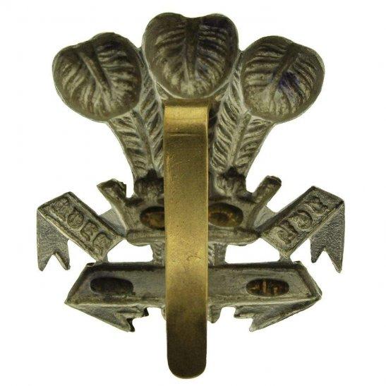 additional image for WW1 Leinster Regiment Irish Cap Badge