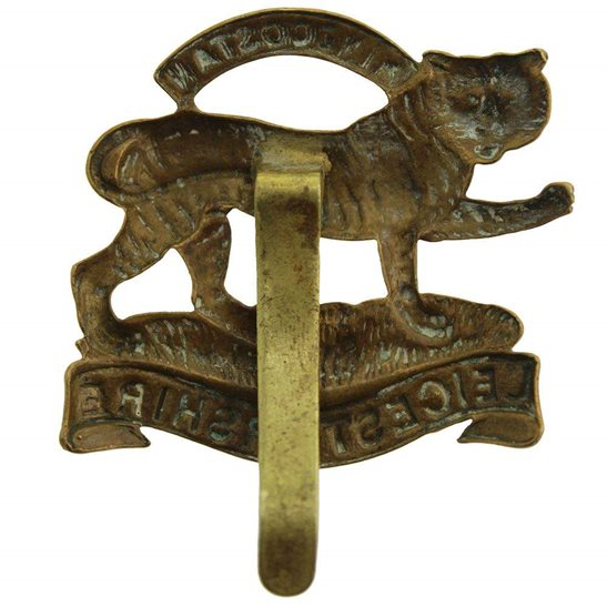 additional image for WW1 Leicestershire Regiment 1916 Economy Issue ALL BRASS Cap Badge
