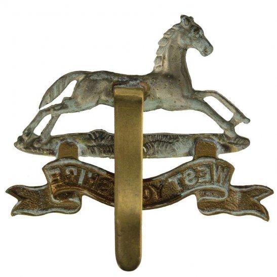 additional image for WW1 West Yorkshire Regiment Cap Badge