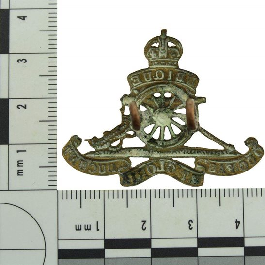 additional image for WW2 Royal Artillery Regiment SMALL Beret Cap Badge