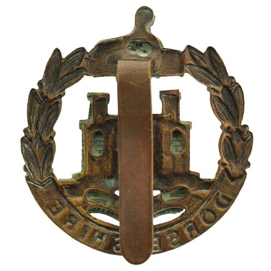 additional image for WW1 Dorsetshire (Dorset) Regiment Cap Badge