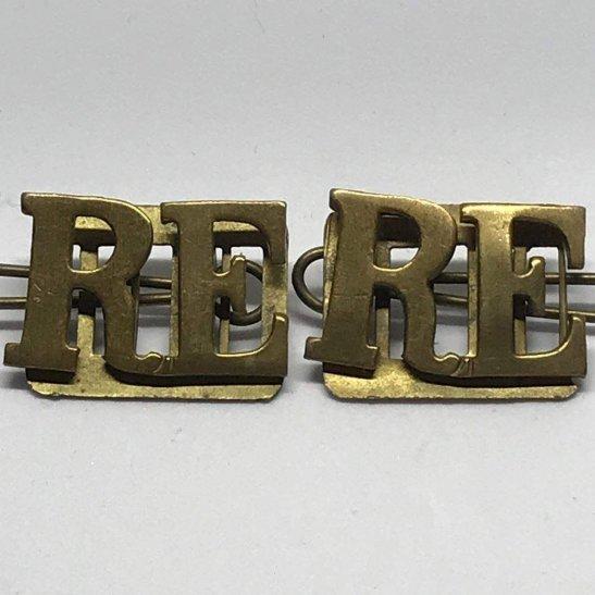 Royal Engineers Royal Engineers Corps Shoulder Title PAIR