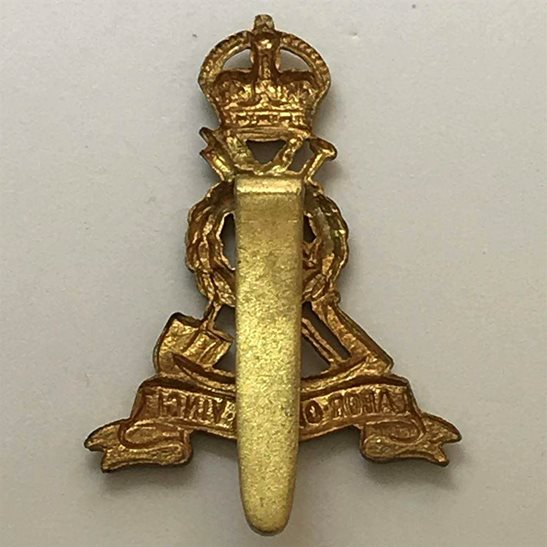 additional image for WW2 Royal Pioneer Corps Cap Badge