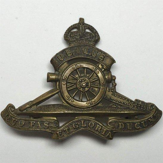 Royal Artillery WW2 Royal Artillery Regiment Cap Badge - LUGS VERSION