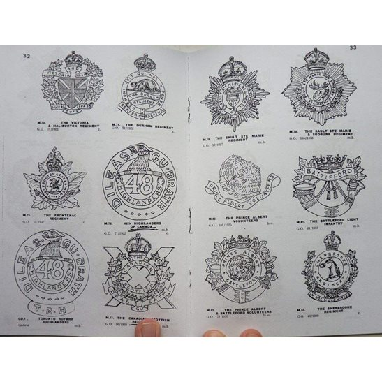 additional image for WW2 Illustrated Cap Badges of the Canadian Army Booklet / Book