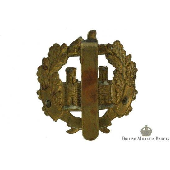 6c2b378289ccc additional image for The Essex Regiment Cap Badge