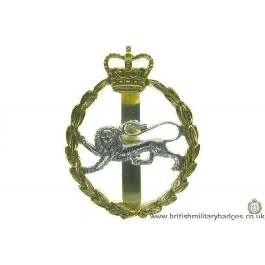 F1A/65 - The Kings Own Royal Border Regiment Staybrite Cap Badge