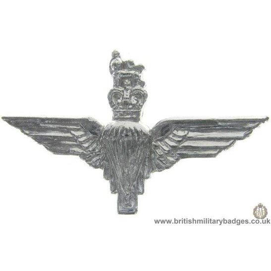 F1C/01 - Parachute Paras Regiment Staybrite Collar Badge