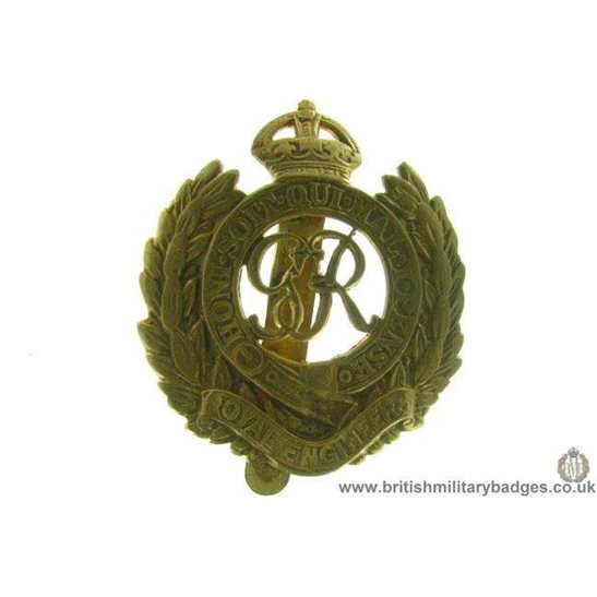 "A1B/56 - Royal Engineers Corps ""George VI"" Cap Badge"