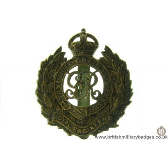 "A1C/07 - Royal Engineers Corps ""George V"" Cap Badge"